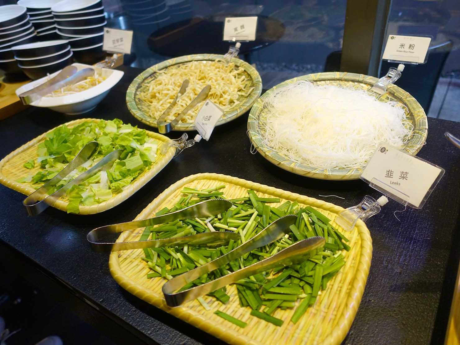 嘉義のおすすめホテル「嘉義觀止」B1F觀止餐廳でいただく朝食ビュッフェの麺類