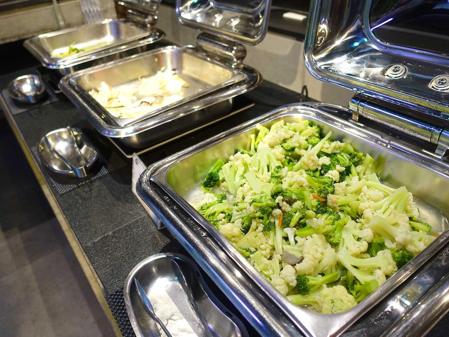 嘉義のおすすめホテル「嘉義觀止」B1F觀止餐廳でいただく朝食ビュッフェの温野菜