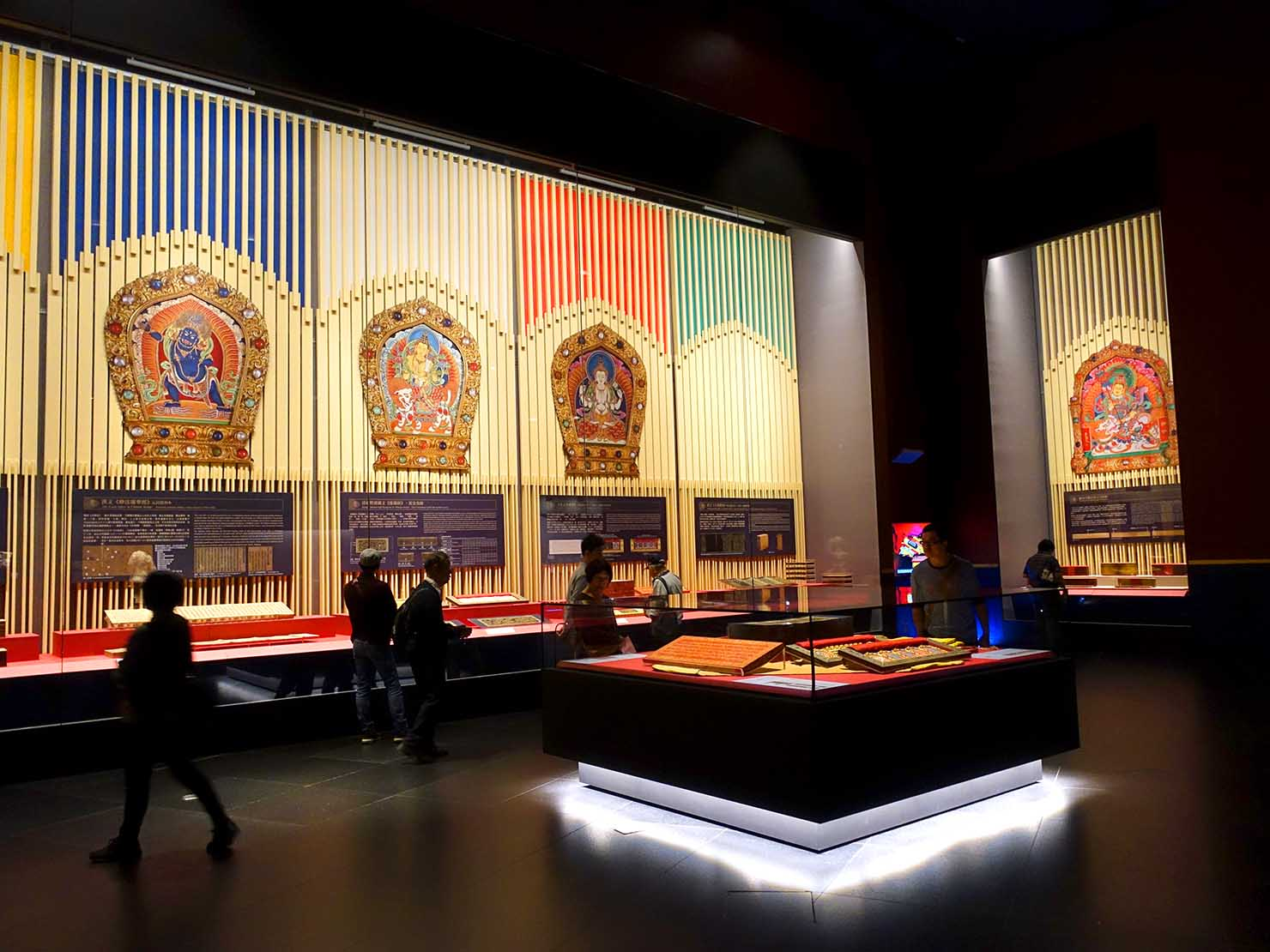 嘉義のおすすめ観光スポット「故宮南院」の展示フロア