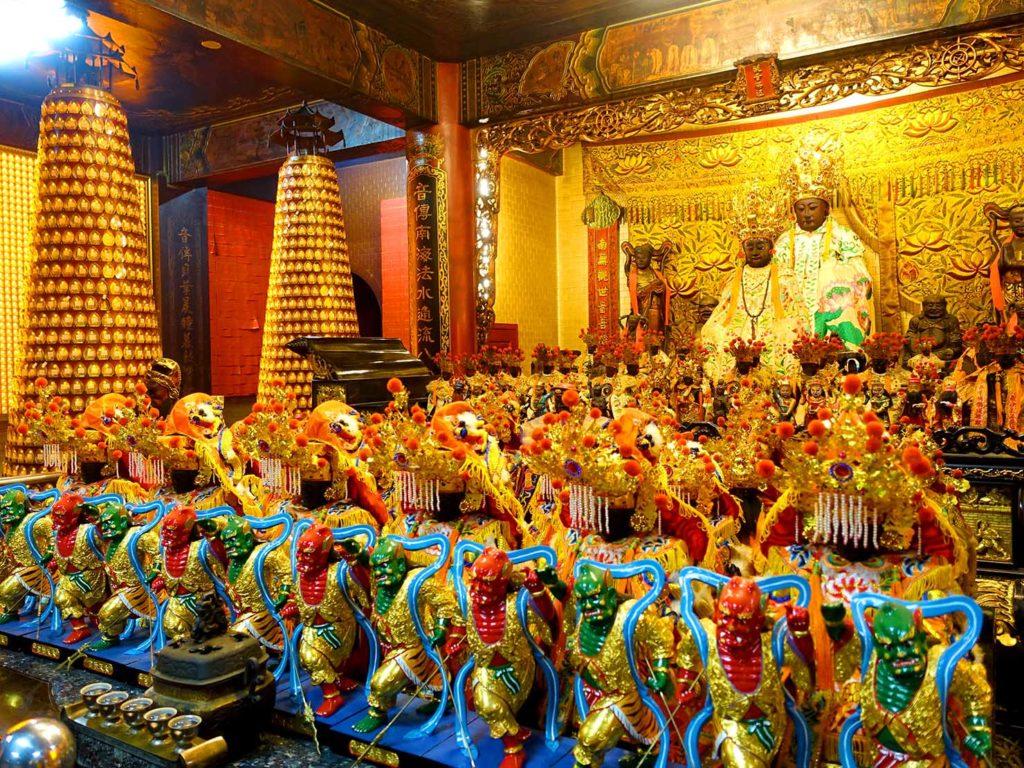 嘉義のおすすめ観光スポット「嘉義城隍廟」に鎮座する觀音佛祖