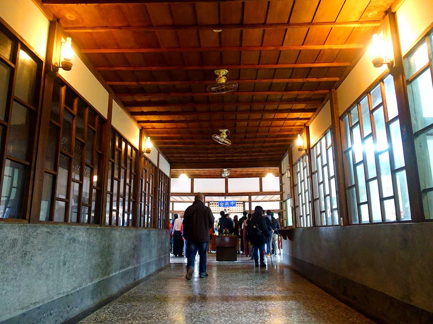 嘉義のおすすめ観光スポット「嘉義舊監獄」中央台へと続く廊下