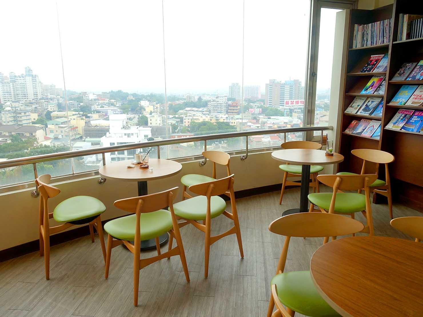 嘉義のおすすめ観光スポット「射日塔」のカフェから望む嘉義市内