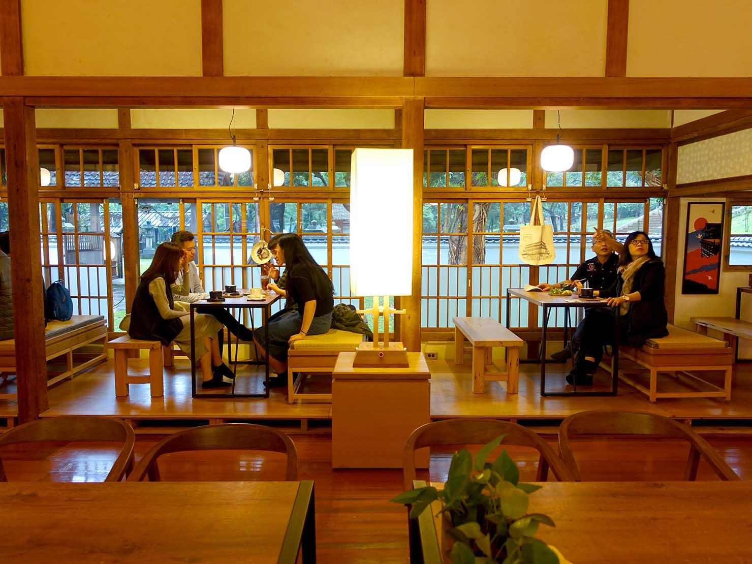 嘉義のおすすめ観光スポット「嘉義市史蹟資料館」のカフェスペース