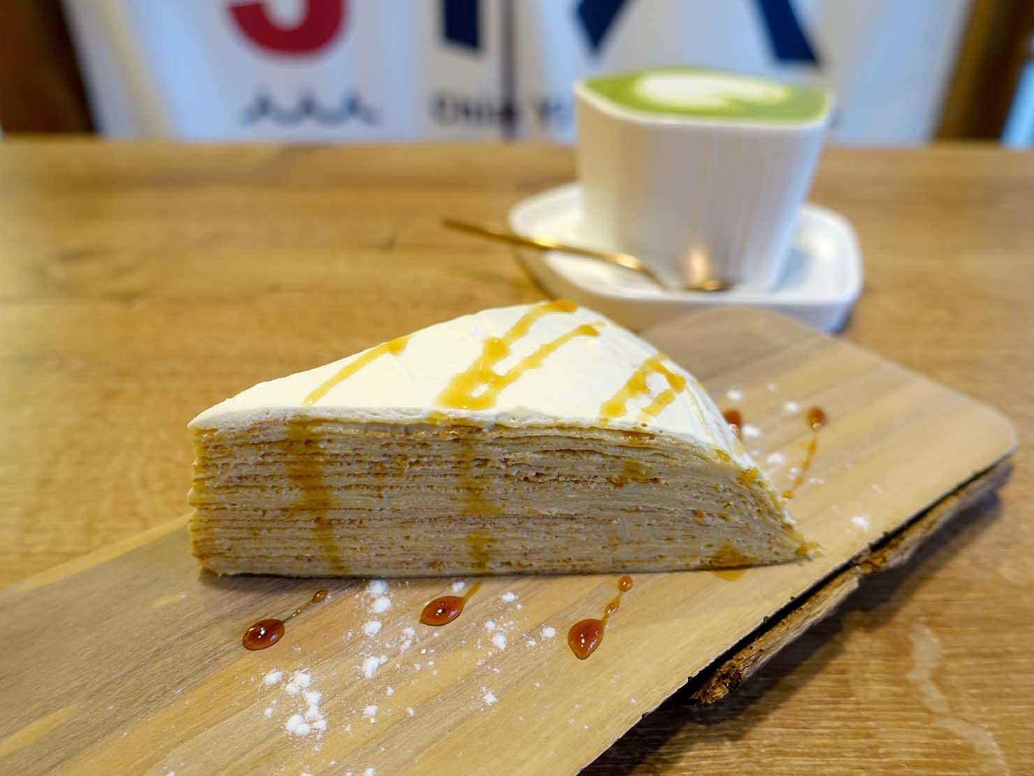 嘉義のおすすめ観光スポット「嘉義市史蹟資料館」のカフェでいただくケーキ