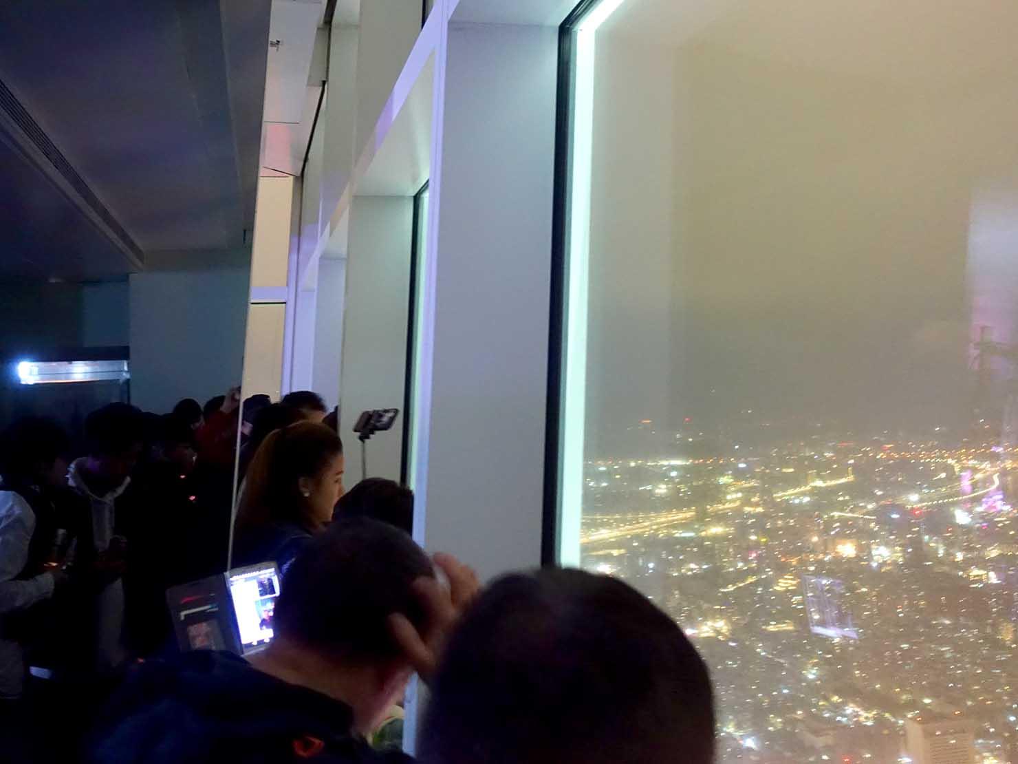 KKday「台北101 89階展望台カウントダウンパーティー」カウントダウン前の窓辺