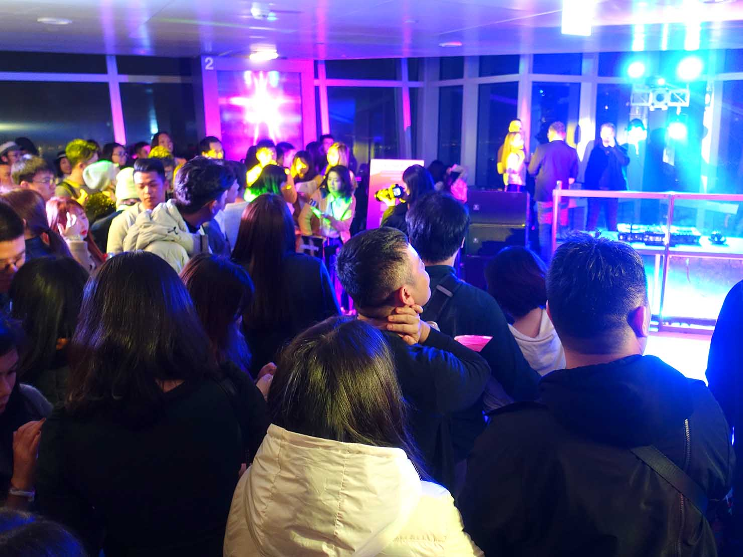 KKday「台北101 89階展望台カウントダウンパーティー」の抽選会