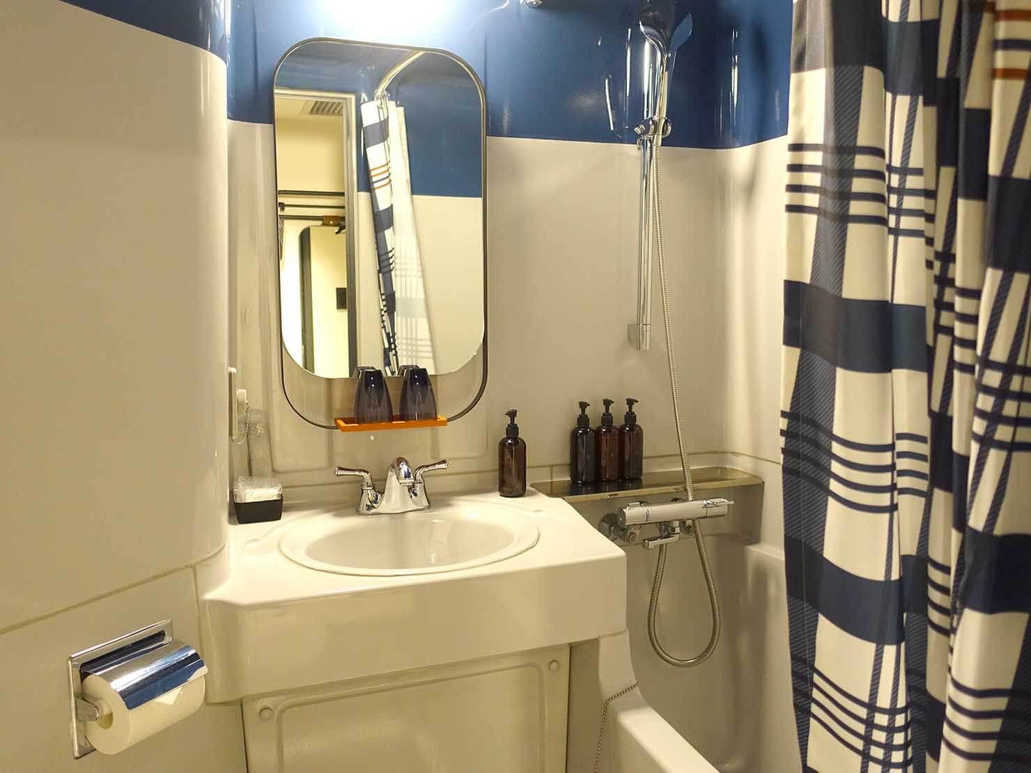 福岡・中洲川端にあるおしゃれなおすすめホテル「THE LIVELY」スタンダードダブルのバスルーム