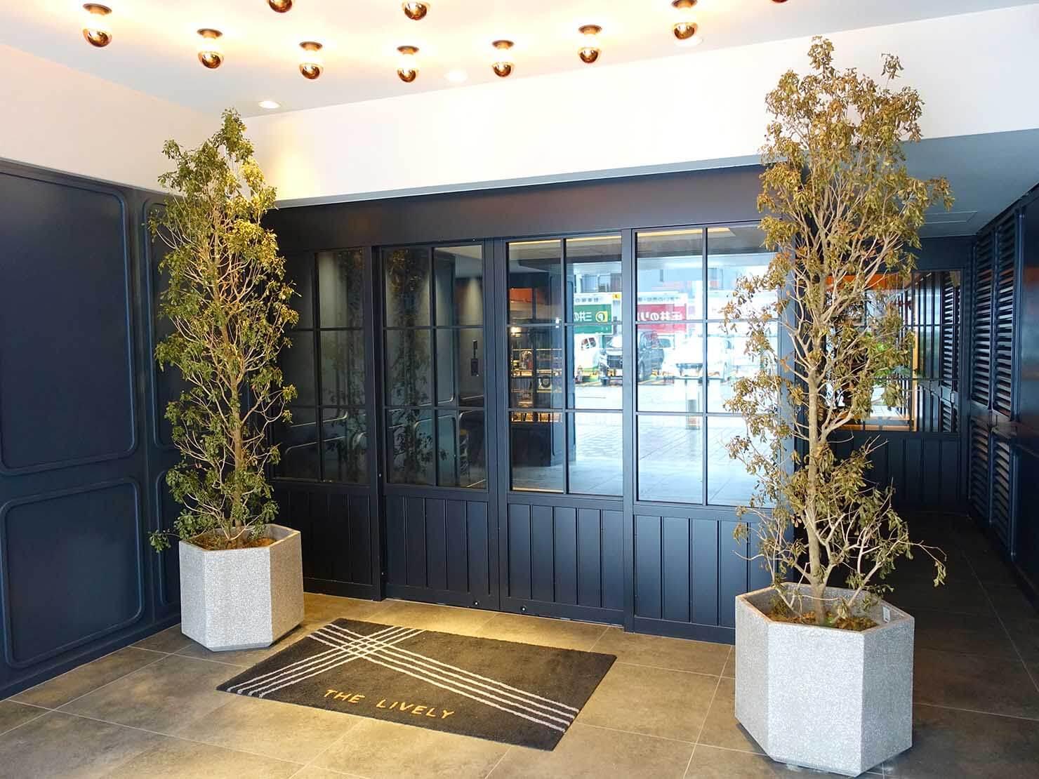 福岡・中洲川端にあるおしゃれなおすすめホテル「THE LIVELY」のエントランス