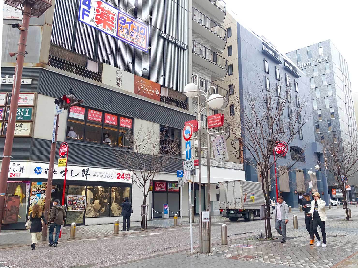 福岡市営地下鉄・中洲川端駅3番出口前の交差点