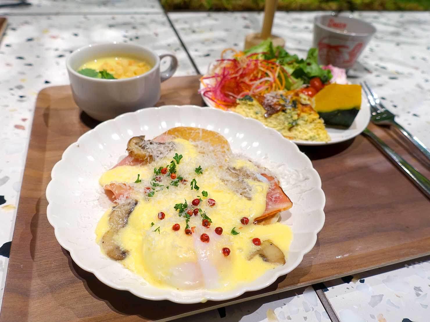 福岡・中洲川端にあるおしゃれなおすすめホテル「THE LIVELY」のレストラン・THE LIVELY KITCHENのビュッフェ式朝ごはん
