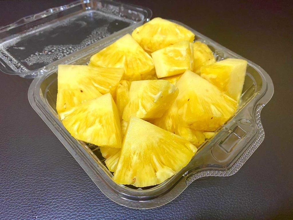 台湾でよく食べるフルーツ「鳳梨(パイナップル)」
