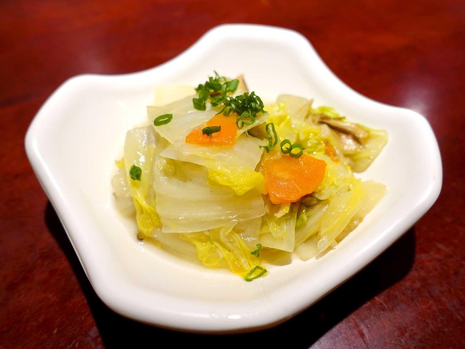 台北駅裏エリア(後站)のおすすめグルメ店「大稻埕魯肉飯」の白菜滷