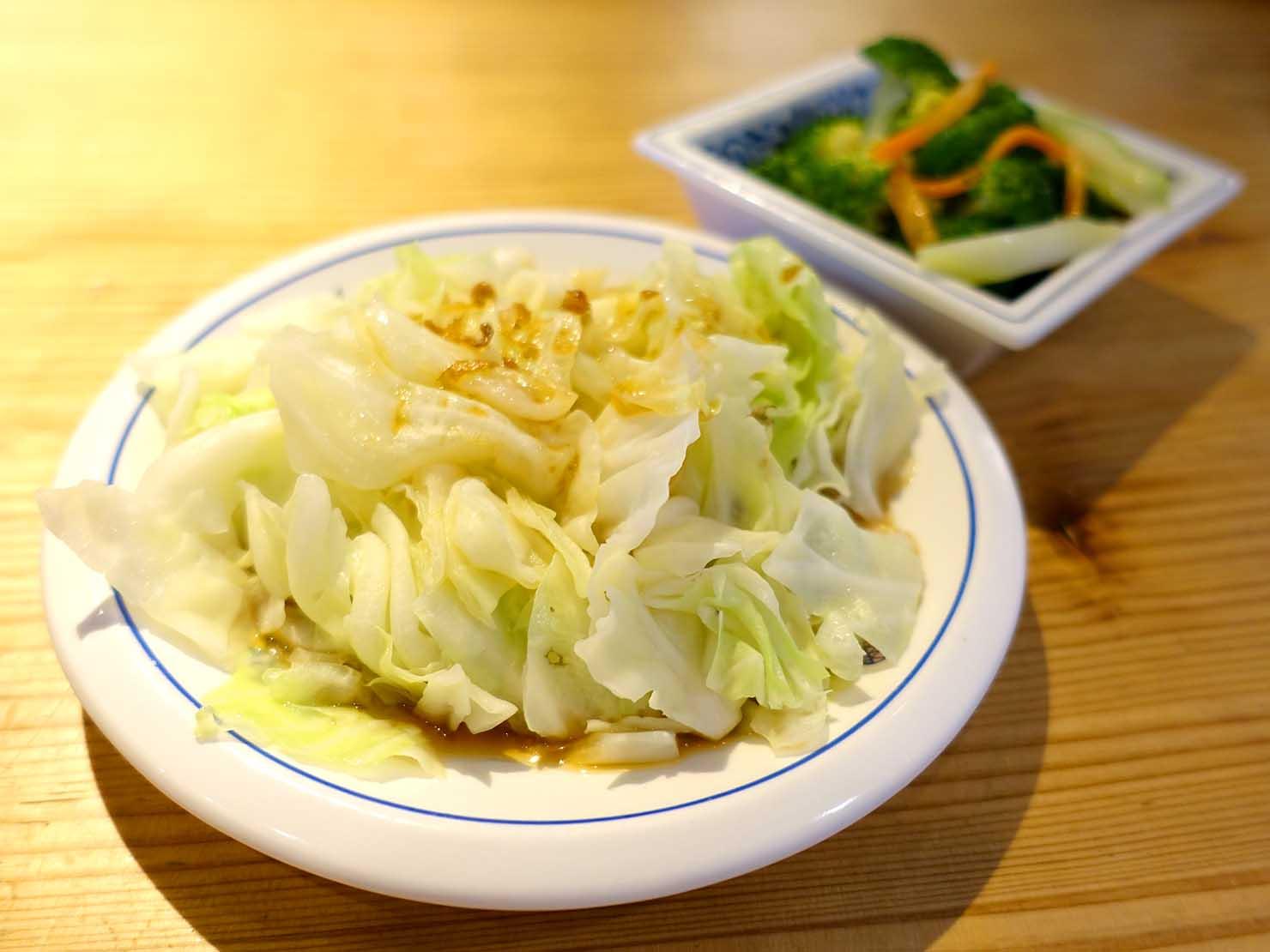 台北駅裏エリア(後站)のおすすめグルメ店「呷麵呷麵 饗記麵舖」の燙青菜