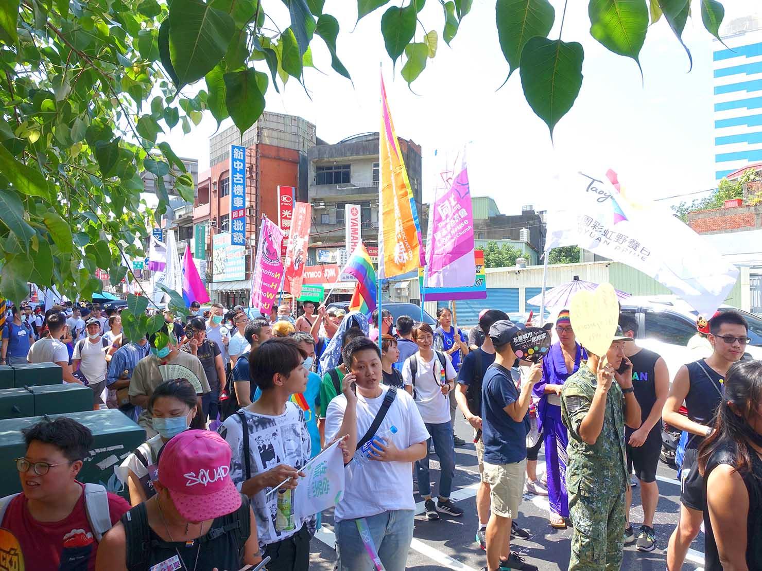 台湾・桃園のLGBTプライド「桃園彩虹野餐日」2020のパレード隊列中盤