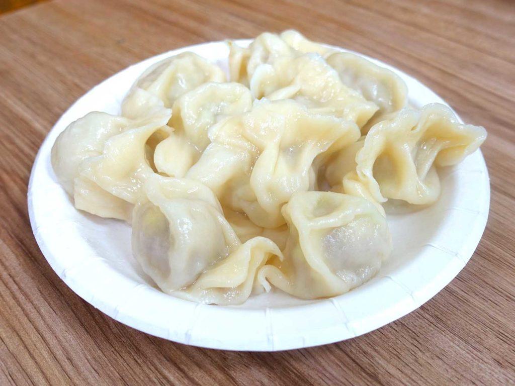 台北・西門町のおすすめグルメ店「張記鍋貼牛肉麵」の水餃