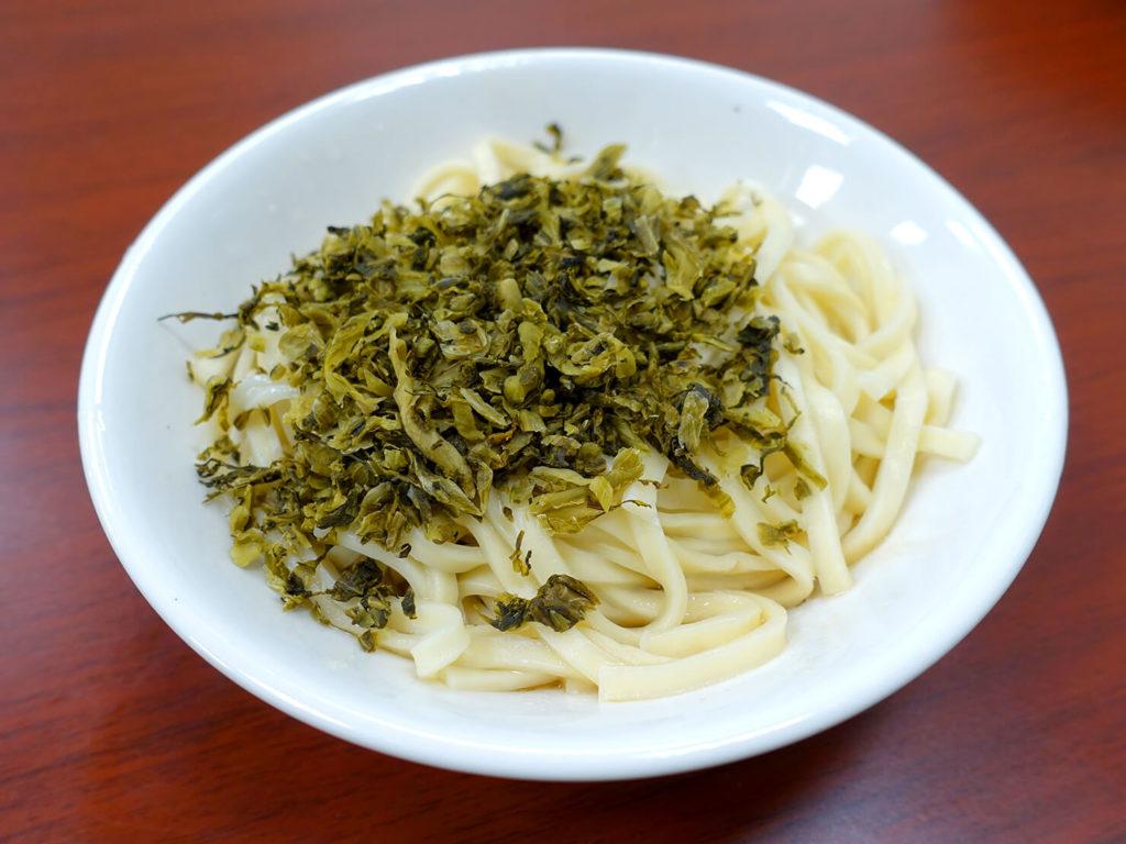 台北・西門町での朝ごはんにおすすめのグルメ店「萍姐酸菜麵」の酸菜乾麵