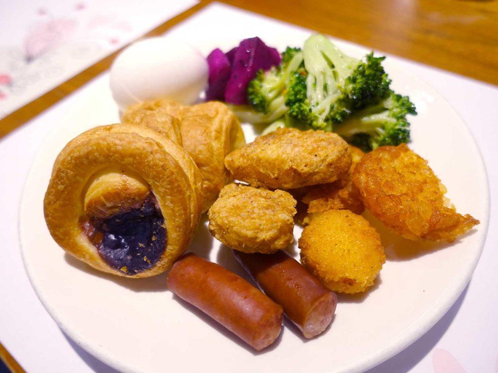 嘉義・文化路夜市すぐのおすすめホテル「蘭桂坊花園酒店」の朝食