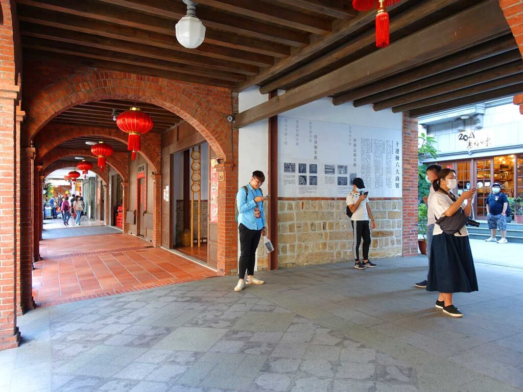 台湾料理教室&プライベートレストラン「好客台北 Be My Guest Taipei」のある迪化街・十連棟