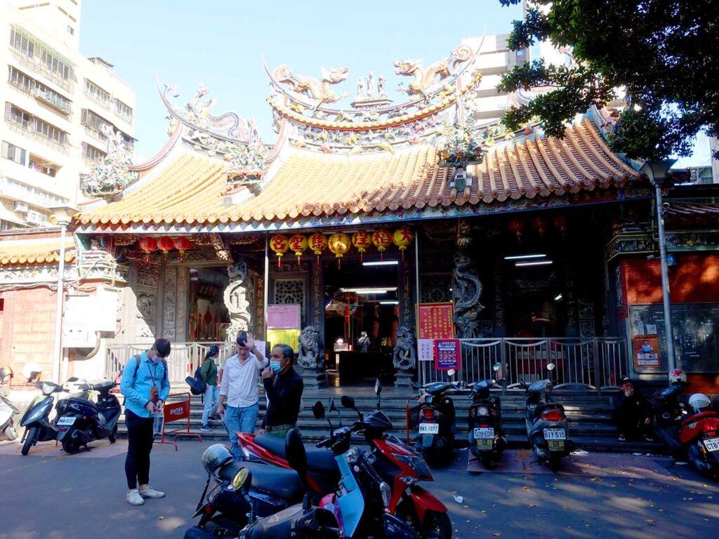 台湾料理教室&プライベートレストラン「好客台北 Be My Guest Taipei」の迪化街ガイドで訪れた慈聖宮の外観