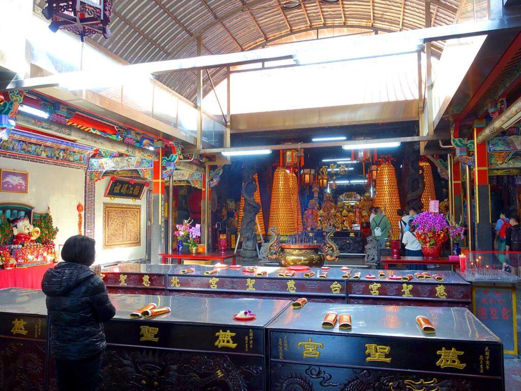 台湾料理教室&プライベートレストラン「好客台北 Be My Guest Taipei」の迪化街ガイドで訪れた慈聖宮