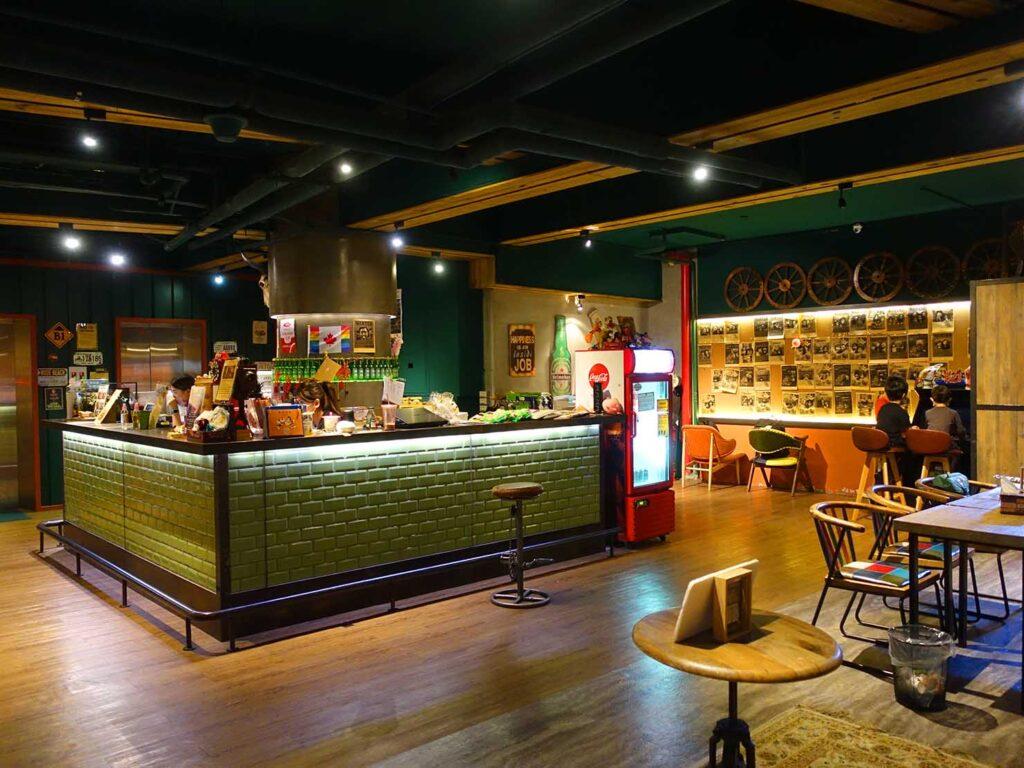 台北のおすすめLGBTフレンドリーホテル「路徒行旅 Roaders Hotel」のフロント