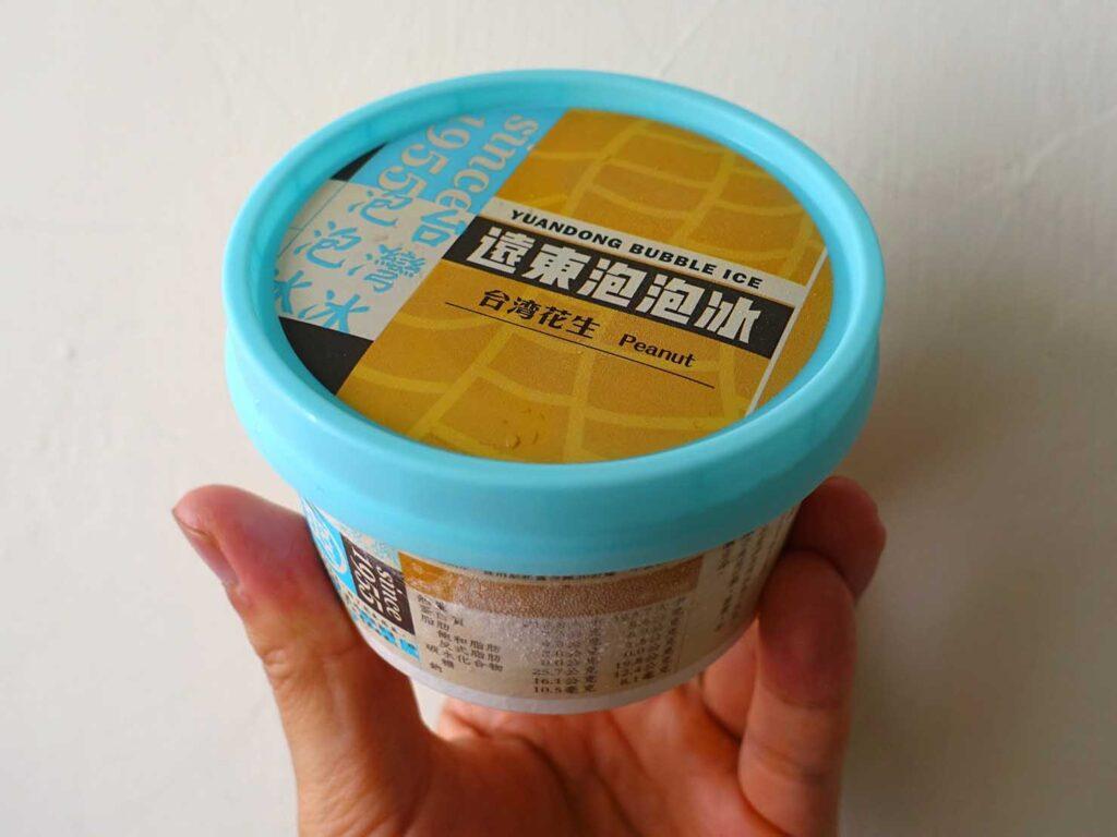 台湾のコンビニで買えるおすすめアイスクリーム「遠東泡泡冰」のパッケージ