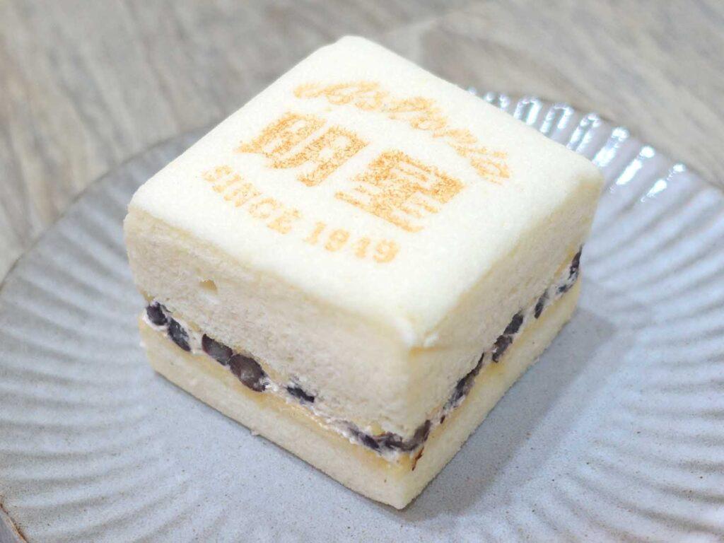 台北駅前エリアにある老舗菓子店「明星西點」の豆腐蛋糕