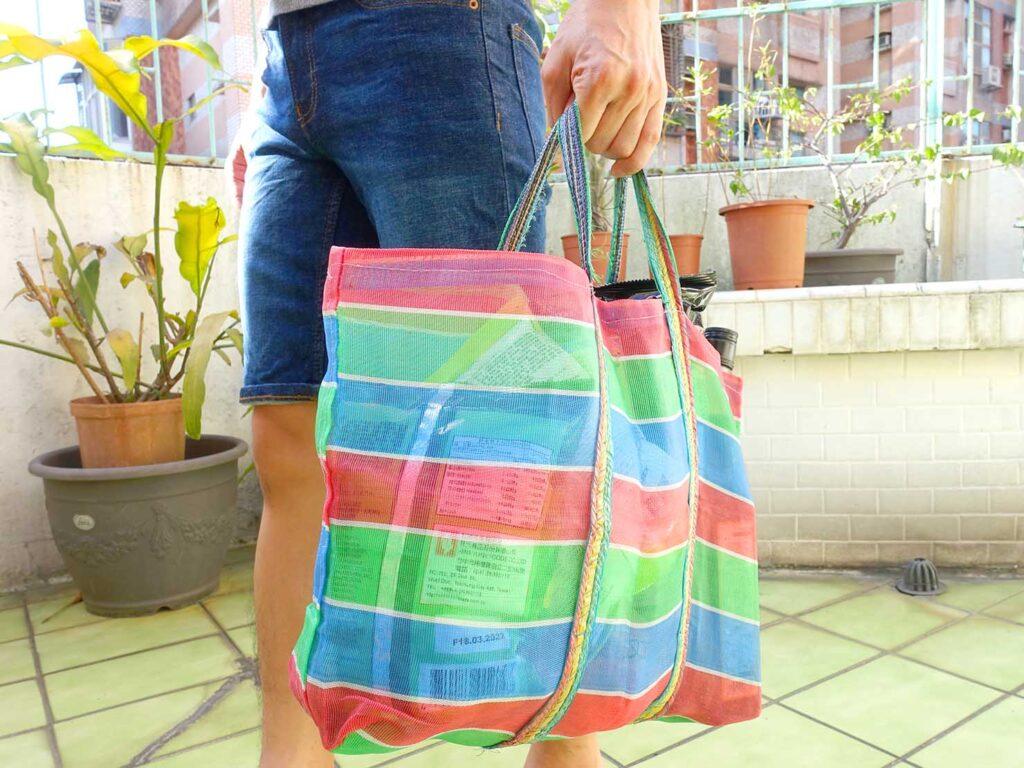 台湾生活で愛用しているナイロン漁師網バッグ「茄芷袋」でお買いもの