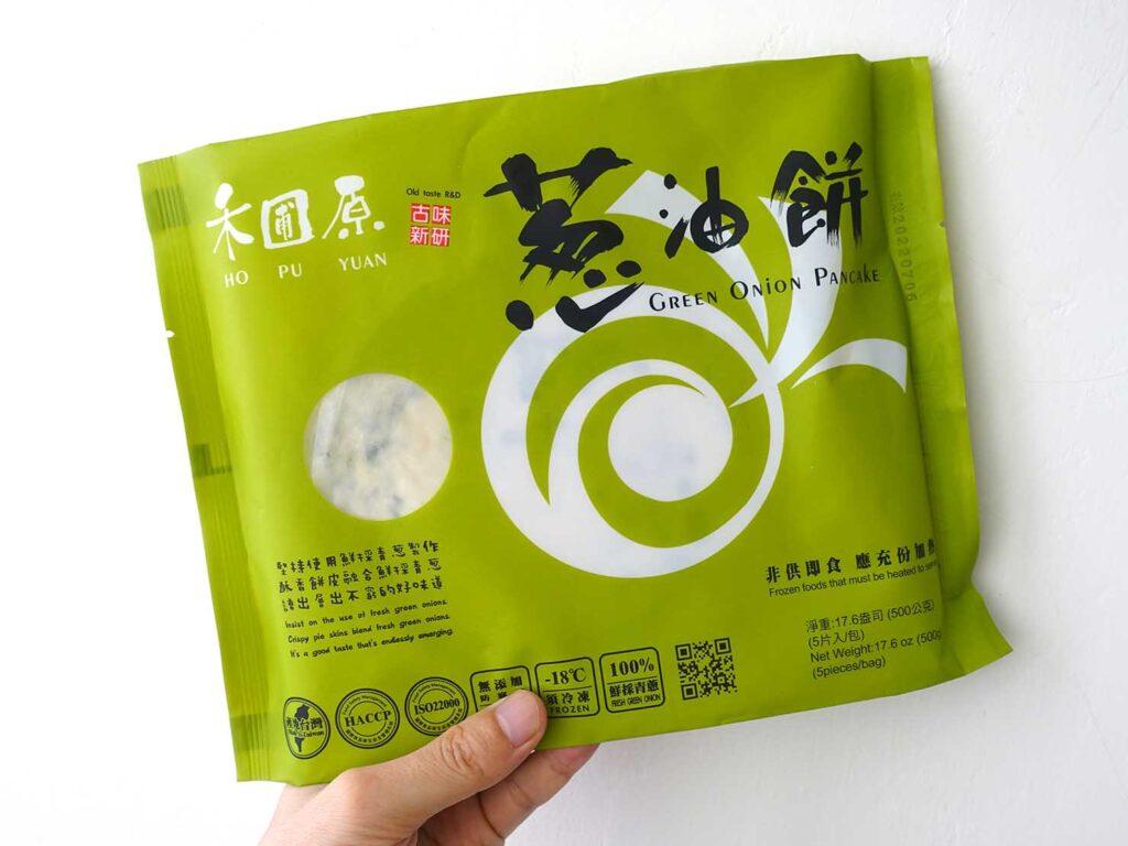 台湾の自宅でよく食べる朝ごはん「古味新研蔥油餅」のパッケージ