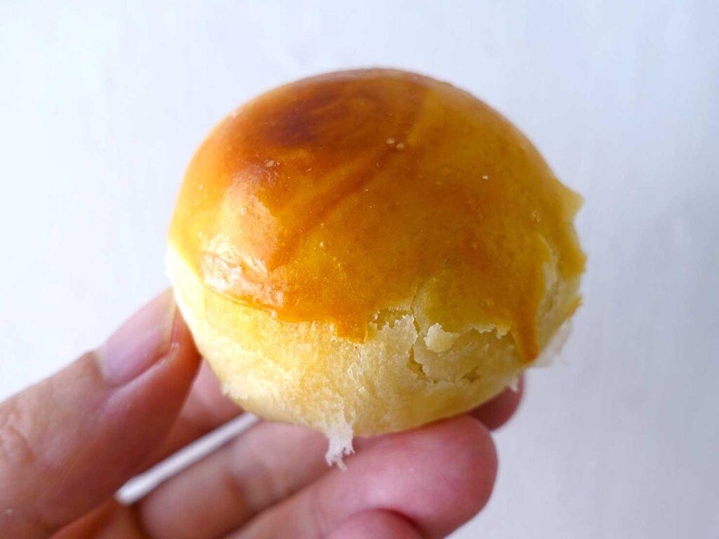 台湾の伝統菓子「蛋黃酥」